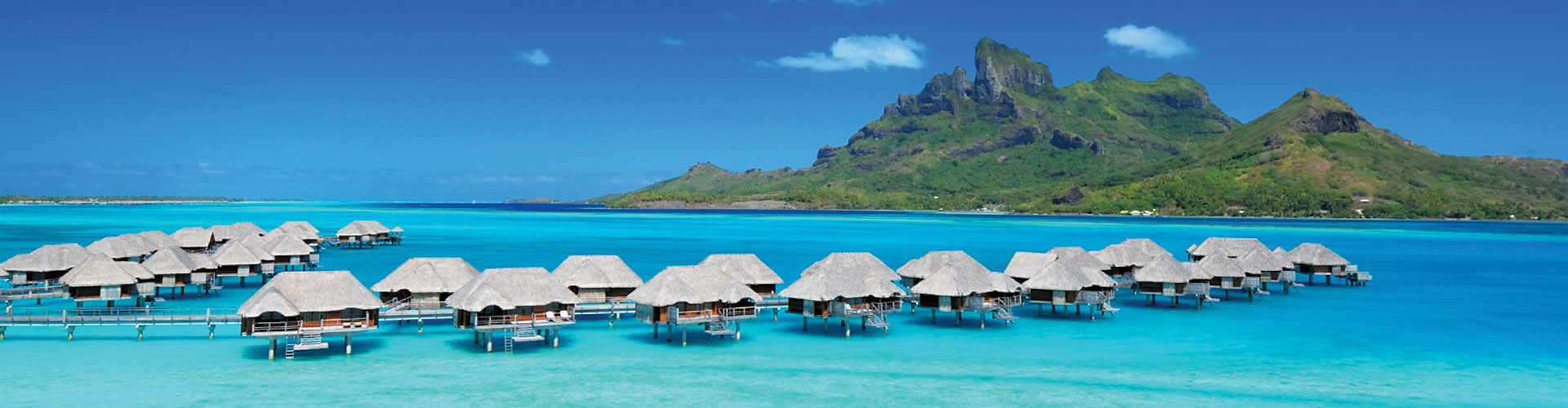 Overview of the hotel 4 seasons in Bora Bora