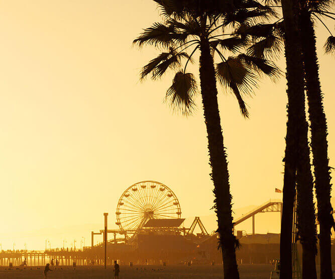 Sunset Photo of the beach of Santa Monica with the pear