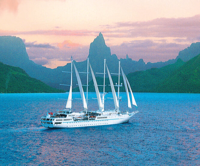 sailing boat Windstar