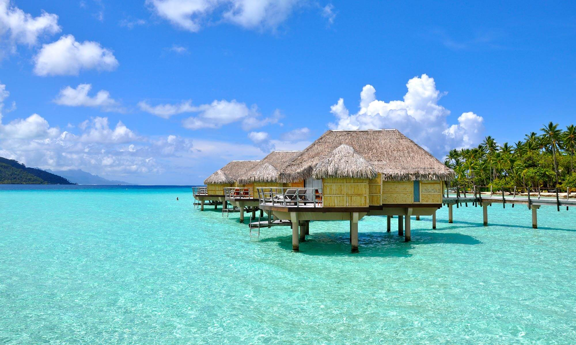 Le Taha'a Overwater Bungalow