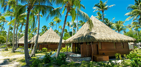 Rangiroa Kia Ora Resort Beach Bungalow with jacuzzi