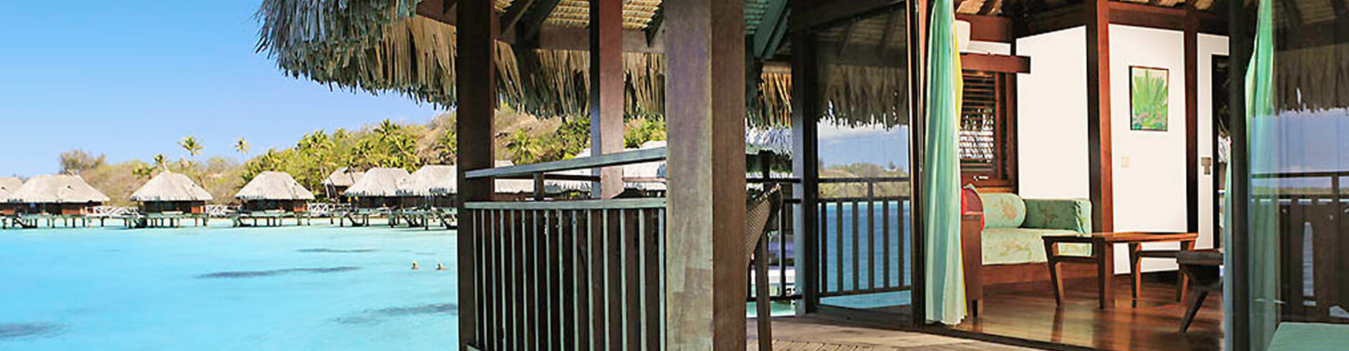 Phot of the overwater bungallows in the Sofitel Bora Bora Private island