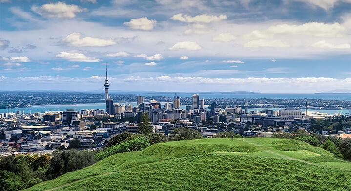 Overview of Auckland, New Zealand skyline